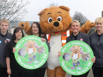 Tidy Ted meets Co-Operative staff