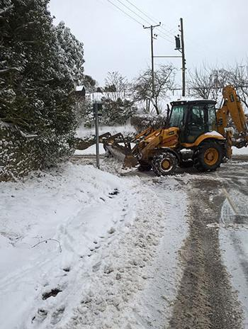 Snow clearing - February 2018
