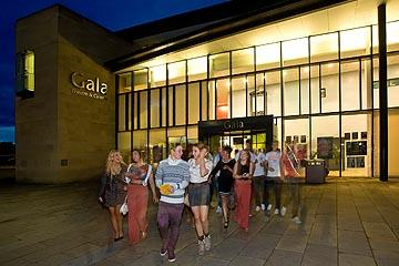 Gala Theatre Crowd
