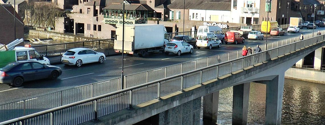 Summer holiday roadworks on Milburngate Bridge