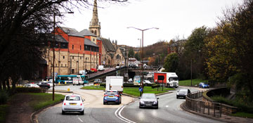Keep up to date with #LeazesBowl and #Gilesgate roadworks